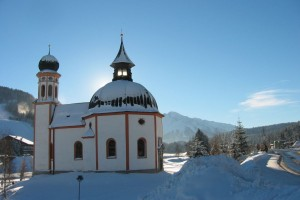 Der Ort Seefeld in Tirol