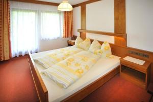 Wohnung Parterre - Schlafzimmer